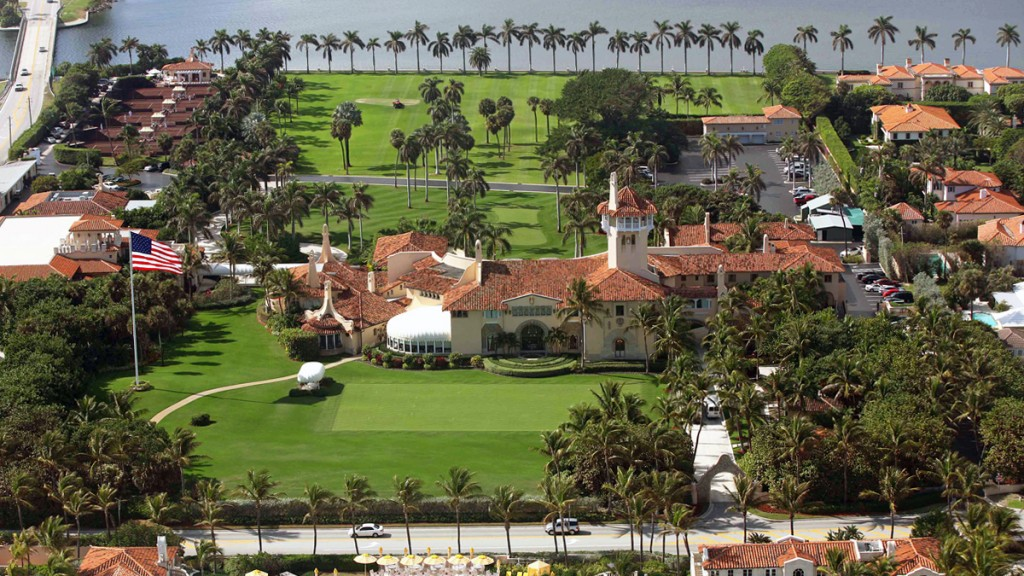 Alfa img - Showing > Trump Home Mar-a-Lago