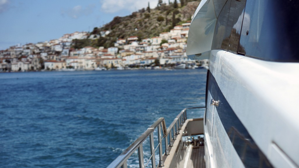 how to get to hydra from athens