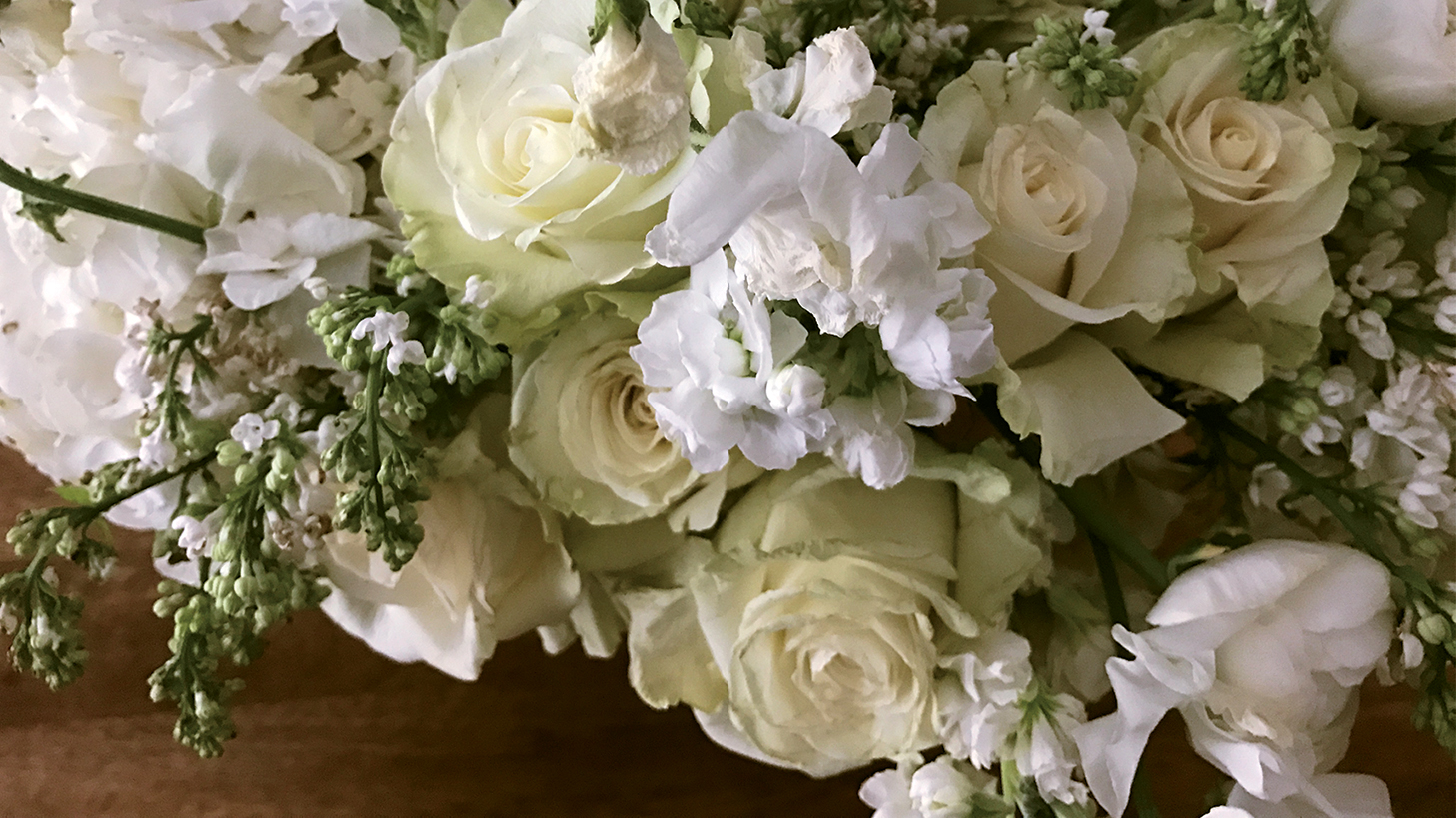 New york citys premiere flower resource inspired citizen sourced from around the world lan only uses the freshest and most beautiful blooms putting emphasis on whats in season and hard to get varieties izmirmasajfo
