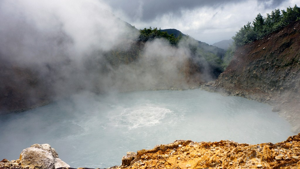 Dominica - boiling lake - 5