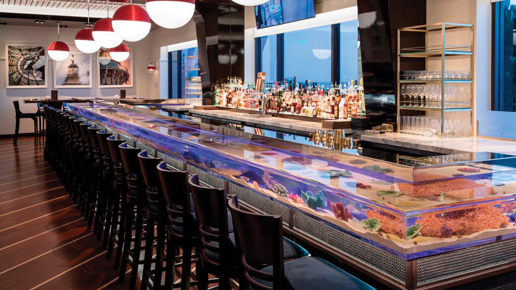 Breakers Hotel Seafood Bar